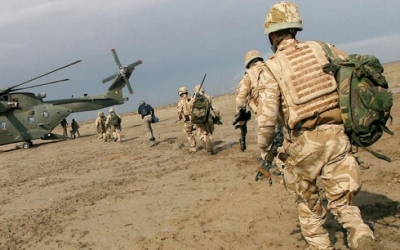 Britain withdraws part of its forces from Iraq