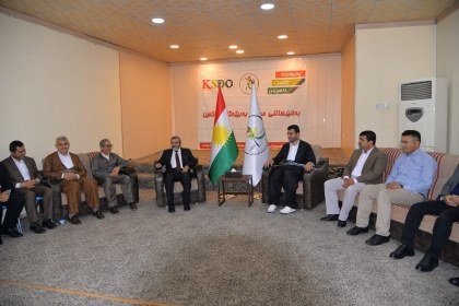 Photo Story ... Secretary-General visits the Development Organization of Kurdistan students