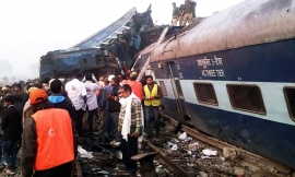 Over 100 people killed in India train derailment