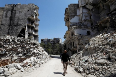 Living in the ruins of Aleppo's former frontline
