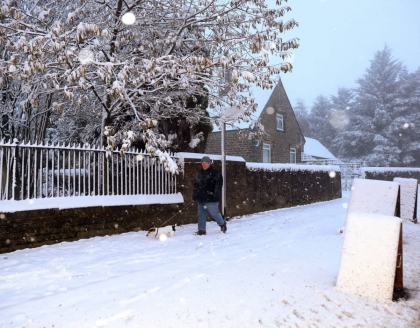 UK: First snow of the year reaches London