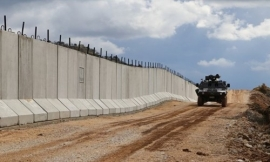 Turkey builds a wall on the border with Iran