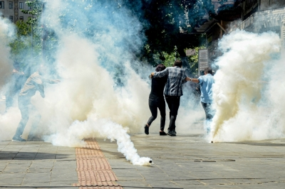 Turkish police use water cannon, tear gas on Kurdish protesters
