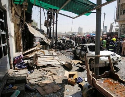 Blasts strike Baghdad days into Ramadan, killing 27