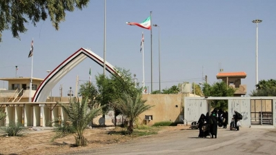 Iraq reopens border crossing with Iran