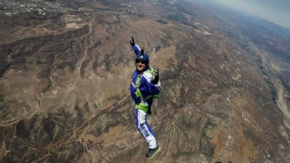 Video...First human being jumps without parachute at 25,000f