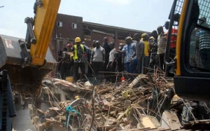 Death toll from Nigeria building collapse rises to 20