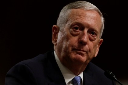 US defense secretary arrives in Iraq on surprise visit