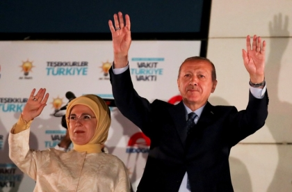 Turkey's Erdogan wins sweeping new powers after election victory