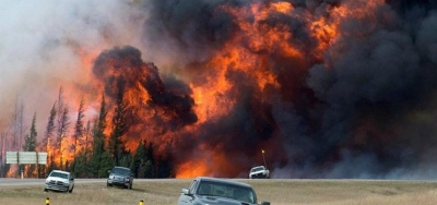Canada wildfires force 10,000 to evacuate homes