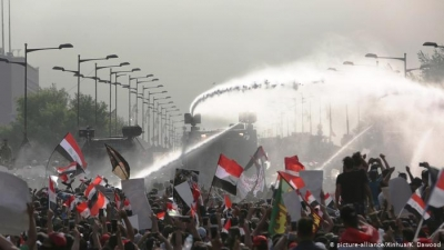 Anti-government protests grow in Iraq