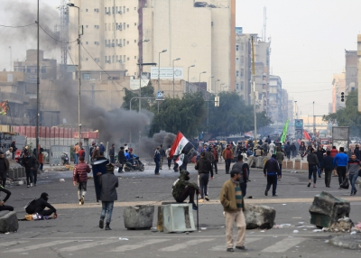 Sadr's supporters open fire on protesters