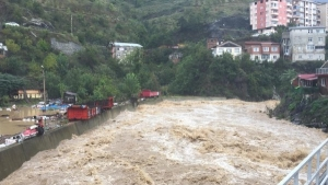 Heavy rains cause flash floods in Turkey